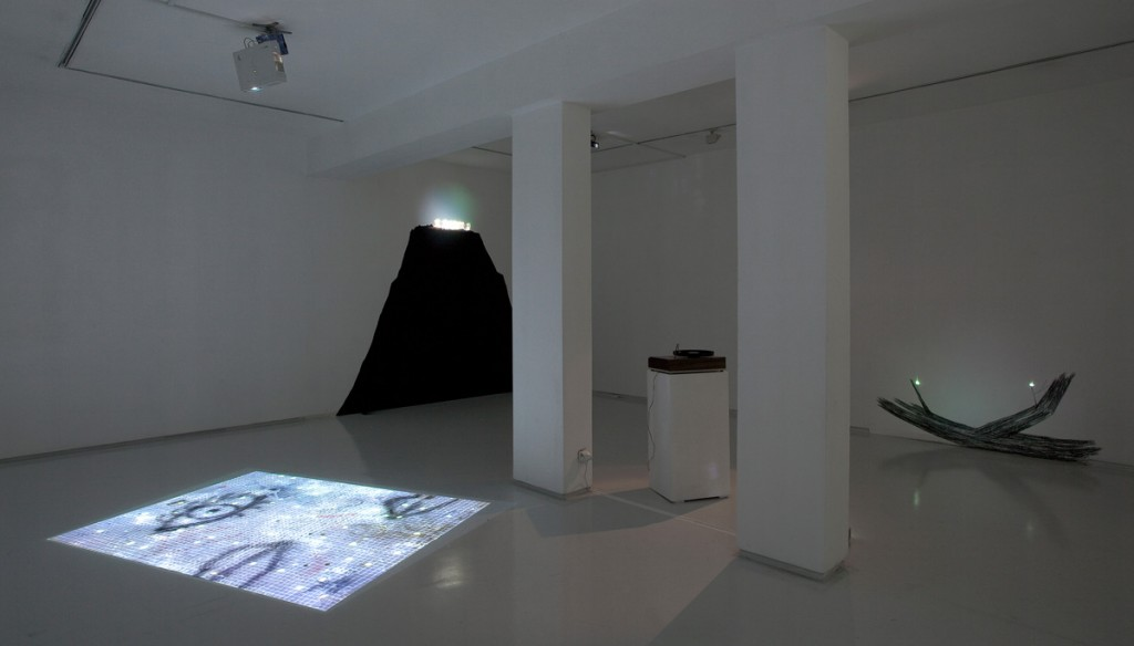Talia Keinan, Last Watch, Installation view, Noga Gallery of Contemporary Art, 2010