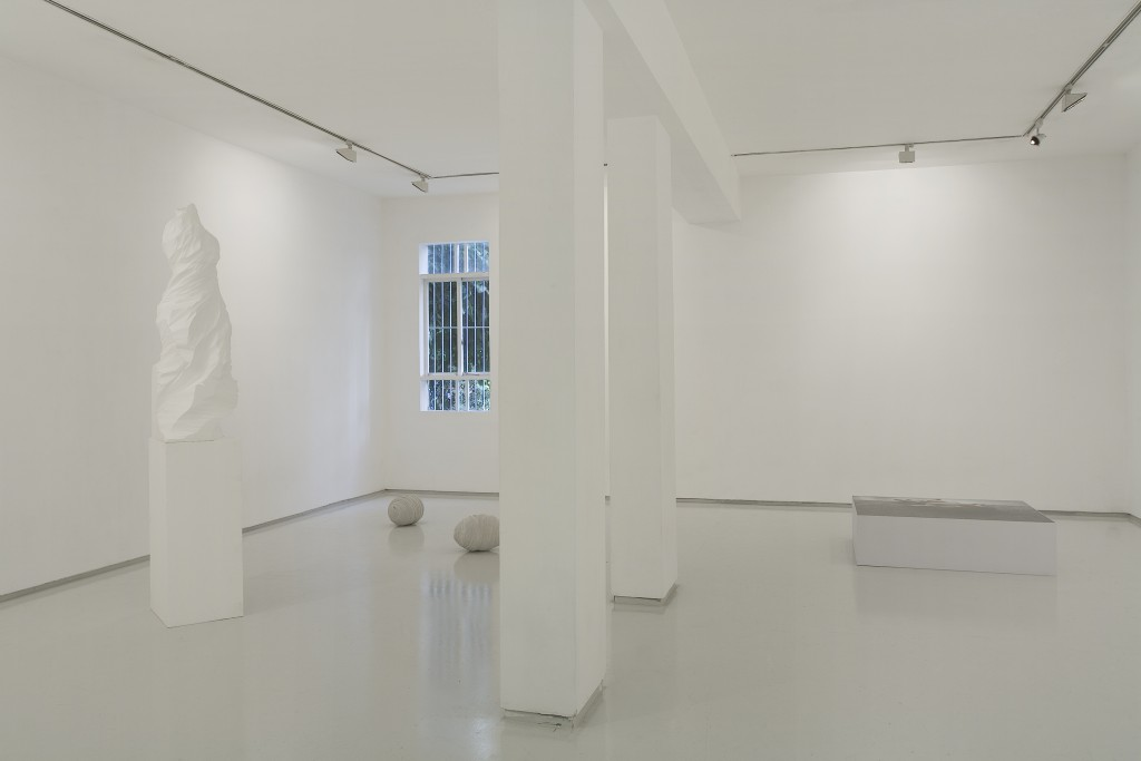 The Rope, Installation view, Noga Gallery of Contemporary Art, 2009