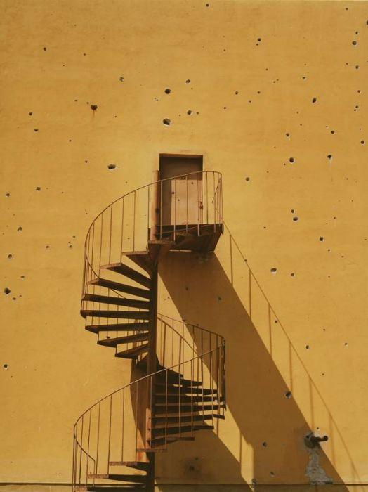 Ori Gersht, Untitled 2 (spiral), C-Print, 150x120cm, 1998