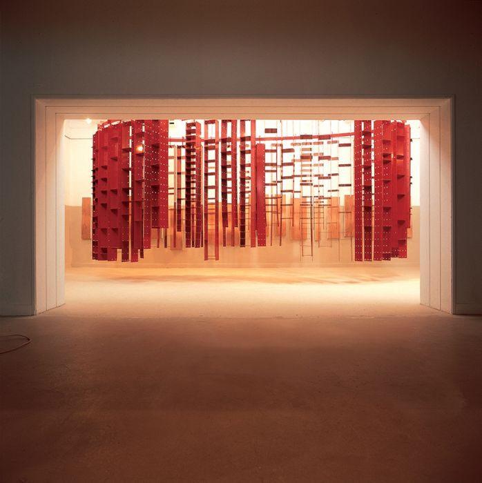 Chanan De Lange, Dangling Library, Laser cut metal, 300x220x550cm, 2000