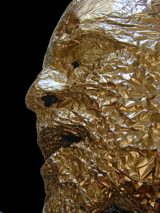 Chanan De Lange, Mask Jewel, Aluminum foil gilding, 2000