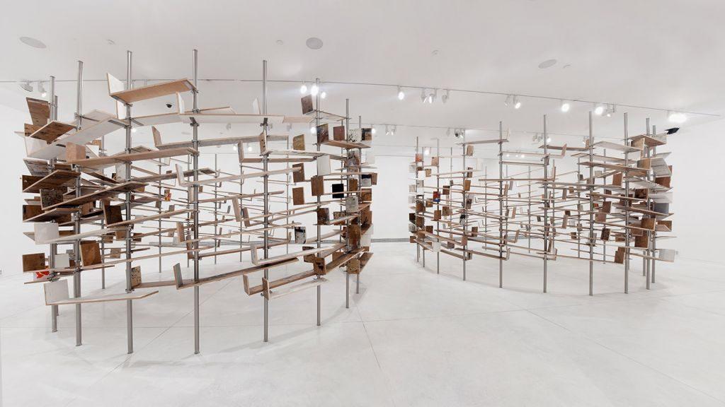 Chanan De Lange, Ex Libris Installation, 300X900X1900cm, Tel Aviv Museum, 2011