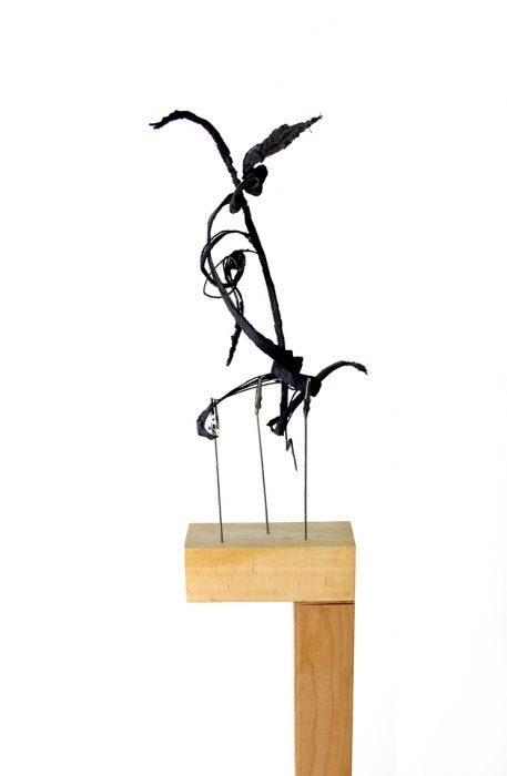 Chanan De Lange, Column no.23, Beech Wood/Rubber Metal, 25x20x140cm, 2015