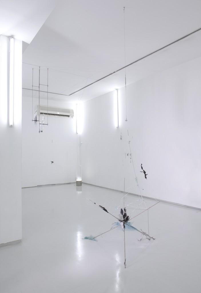 Shahar Yahalom, -80, installation view, Noga Gallery of Contemporary Art, 2009