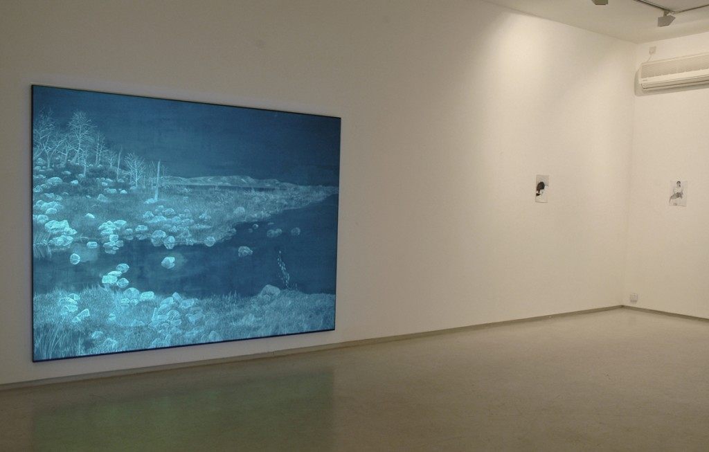 Talia Keinan, Walking distance, installation view, Noga Gallery of Contemporary Art, 2004