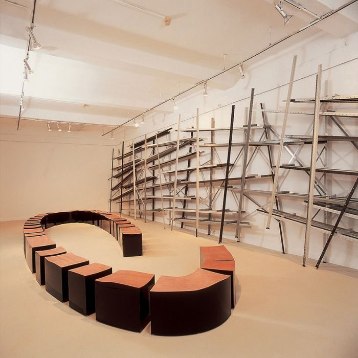 Chanan De Lange, Post Library /Open bench, Readymade metal posts, Laminated/plywood and black Formica, 300x40x800cm/40x250x600cm, 2000