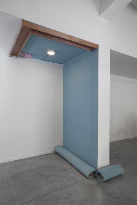 Toony Navok, wall to wall, installation view,artport,tel aviv,2016