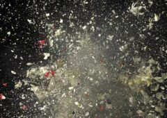 Ori Gersht, Blow up, Untitled 7, 2007, C-print, 240x180cm.