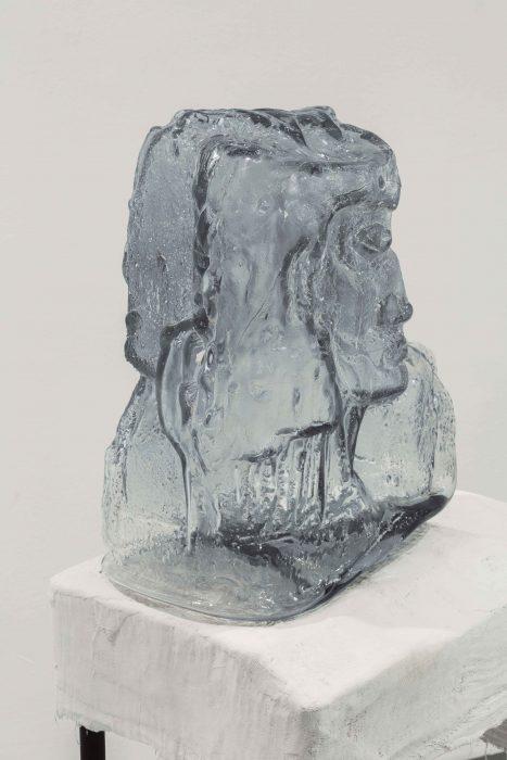 Shahar Yahalom, Ghost, 2018, Glass, 36x32x21cm